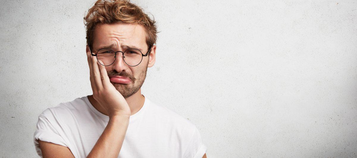 Cum poți trata durerea de dinți acasă?
